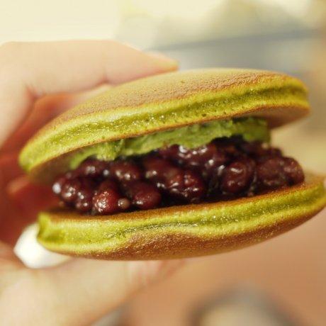 Okanoeisen Bakery in Ueno