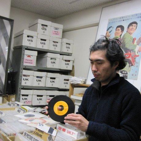 Hot Vinyl in Yokohama