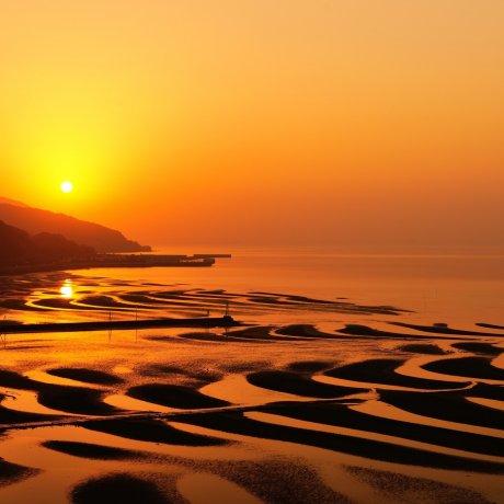 Sunset at Okoshiki Beach