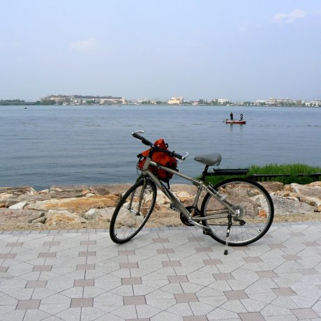 Cycling Otsu Waterfront