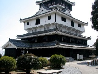 Iwakuni Travel Guide: Iwakuni Castle