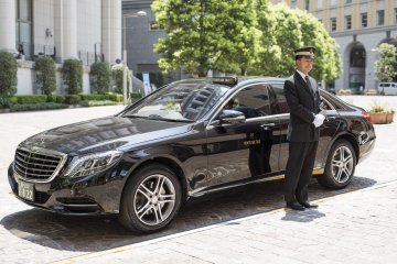 MK Taxi: Stellar Service, Stylish Cars and Exclusive Tours