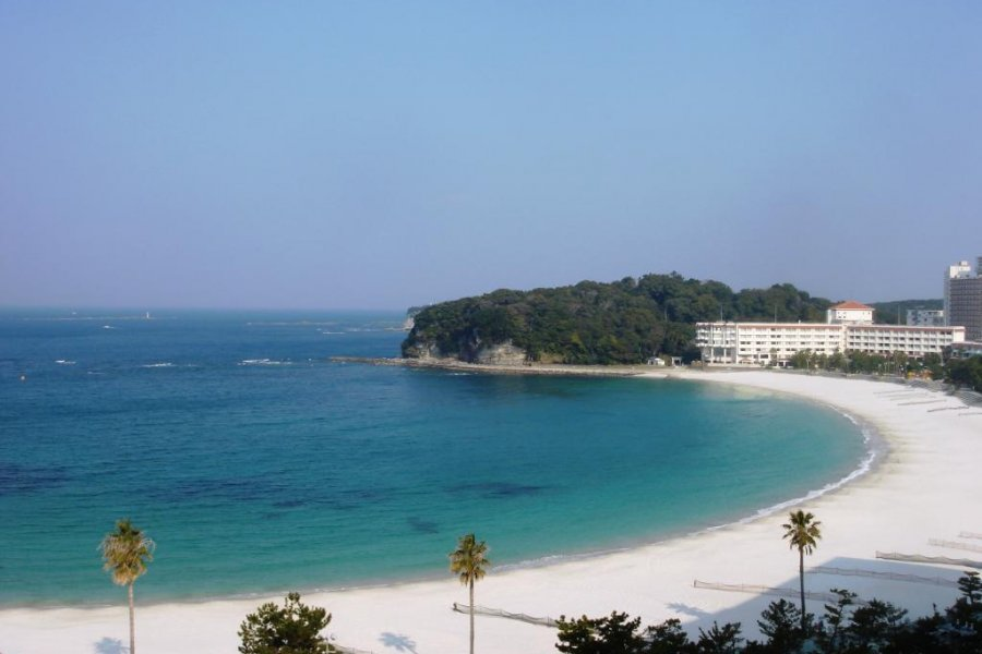 Japan's Waikiki: Visiting Shirahama Beach