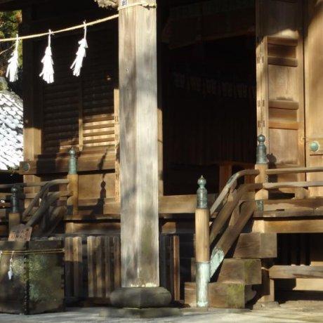 Kamakura's Goryo-jinja Shrine