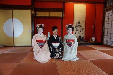 Maiko Performance in Sakata
