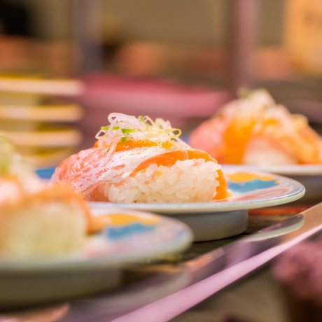 Guide to Conveyor Belt Sushi in Japan
