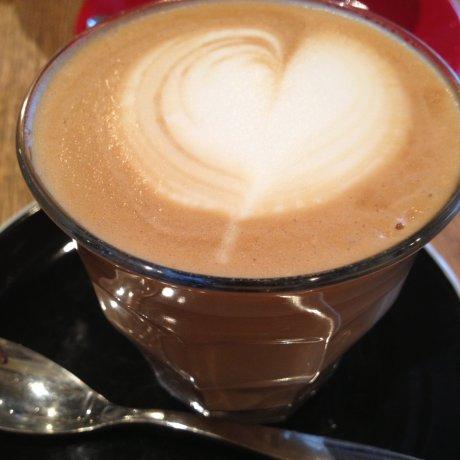 Latte Graphic in Machida