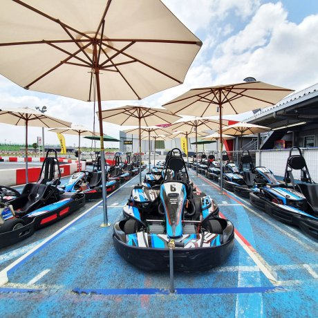 Harbor Circuit Outdoor Karting Kisazaru