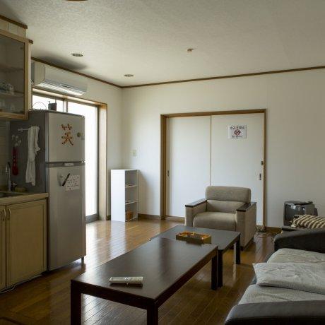 Tomato Hostel Osaka