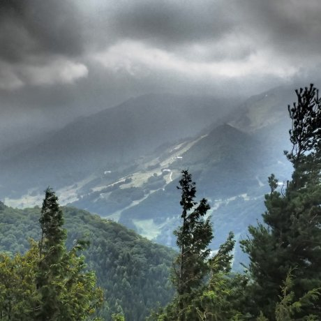 Neaba Valley to Saragakyo Valley